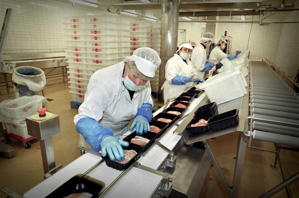 Flinka fingrar och kassler på Scans paketerin g i Uppsala