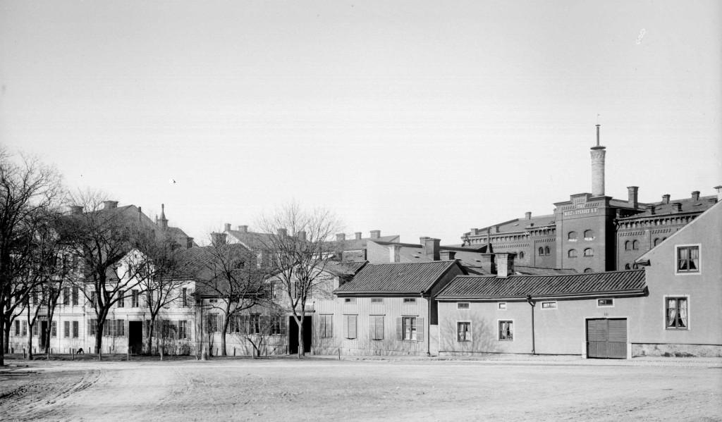 Erlangens 1901 AD297 UM webb