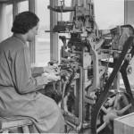Etikettering av flaskor. 1930. Foto: P Sandberg