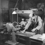 Carl Björkman och Sture Lundström. Tvålpilering  år 1947