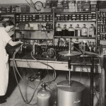 Flaskpåfyllning 1937. Foto P Sandberg